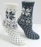 Snowflake pattern warm anklet socks